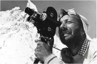 """Mario Fantin, dal film """"il mondo in camera"""". Prodotto da Apapaja"""